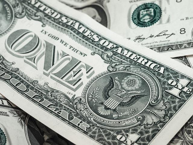bankovka dollar